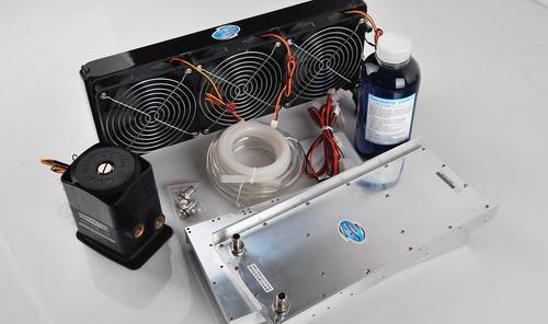 准备安装水冷散热器
